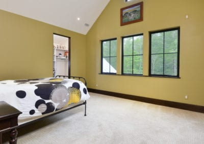 18-Wolfe-Cove-Asheville-NC-28804-44