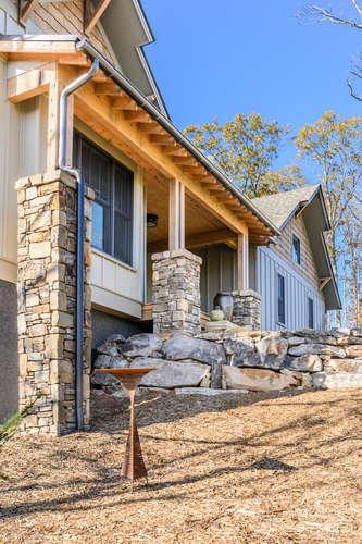 402 Red Fox Trail Marshall NC-small-075-007-image75-334x500-72dpi