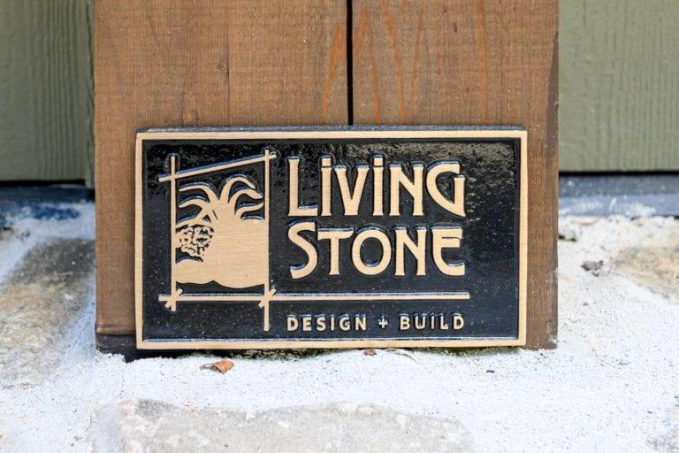 Living Stone plack