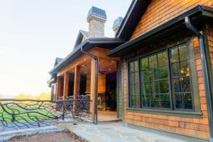 Skytop Farms Mountain Lodge Exterior