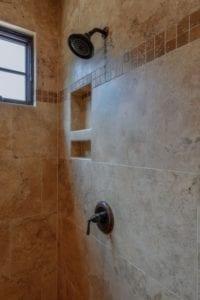 Skytop Farms Mountain Lodge Bathroom