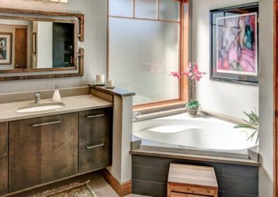The Modern Wetjen Master Bath