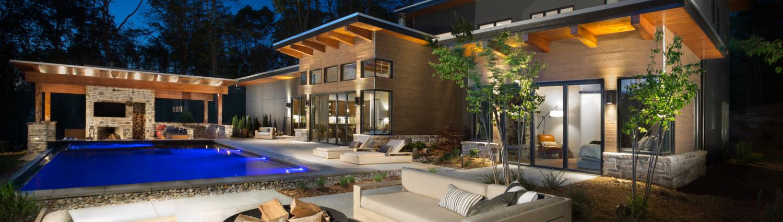 watkins-home-poolside