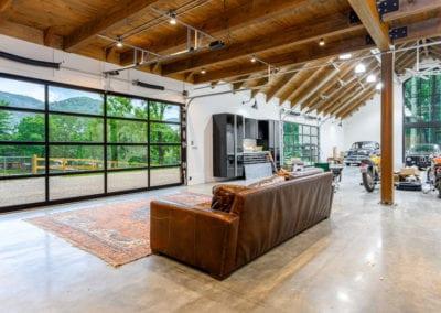 watkins-hobby-barn-sofa